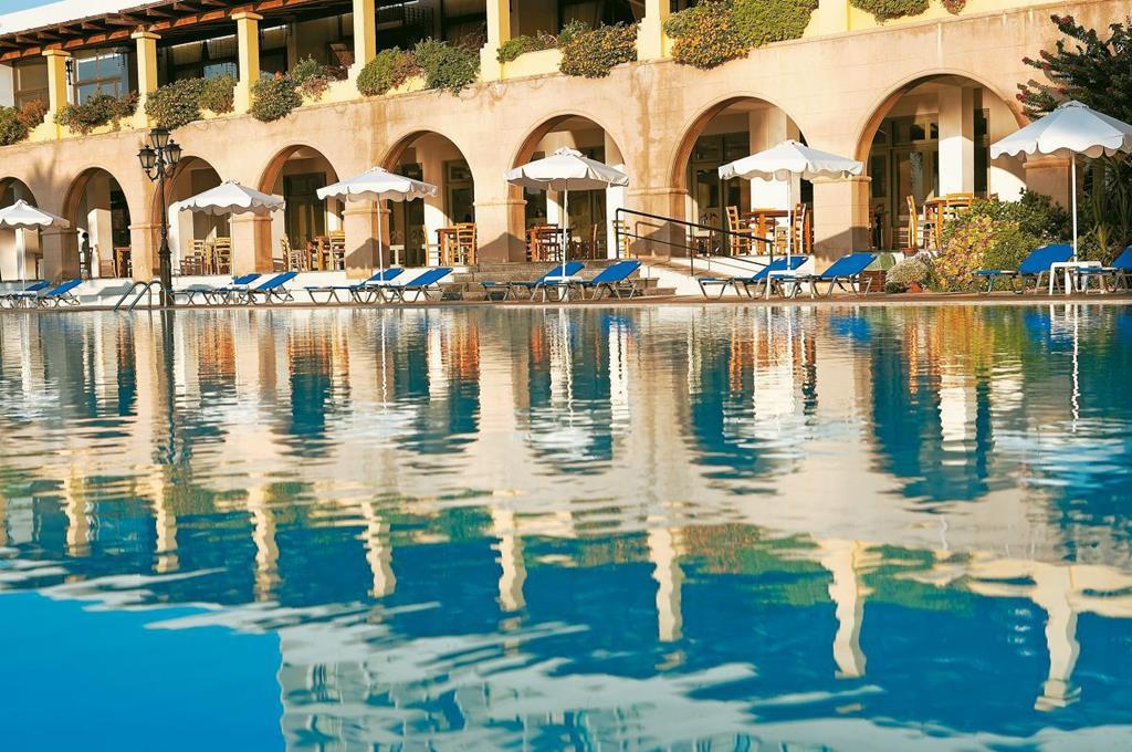 Alle bedrijven online: zwembad pagina 122