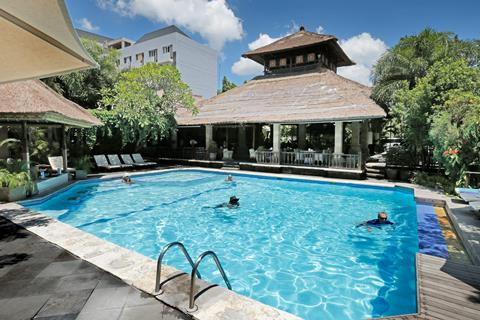 Bali Agung Village <br/>€ 868.00 <br/> <a href='http://tc.tradetracker.net/?c=433&amp;m=472019&amp;a=241358&amp;u=http%3A%2F%2Fwww.tui.nl%2Fverre-reizen%2Findonesie%2Fbali%2Fseminyak%2Fbali-agung-village%2F' target='_blank'>Meer info & prijzen</a>