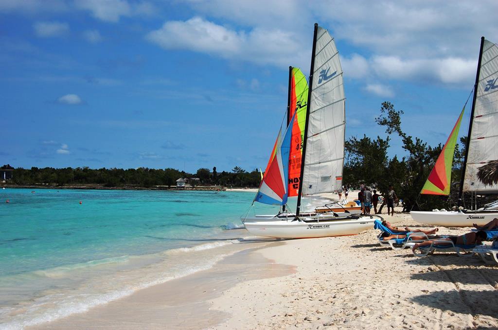 Playa Costa Verde (SuperClubs Breezes Costa Verde)