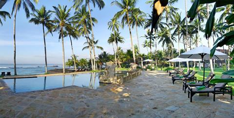 Candi Beach <br/>€ 1130.00 <br/> <a href='http://tc.tradetracker.net/?c=433&amp;m=472019&amp;a=241358&amp;u=http%3A%2F%2Fwww.tui.nl%2Fverre-reizen%2Findonesie%2Fbali%2Fcandi-dasa%2Fcandi-beach%2F' target='_blank'>Meer info & prijzen</a>