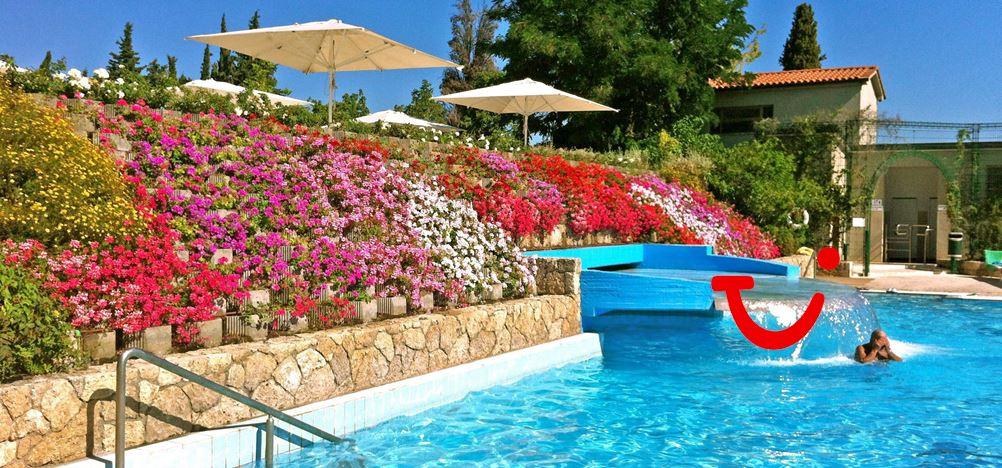Parco delle piscine camping sarteano itali tui for Camping delle piscine sarteano