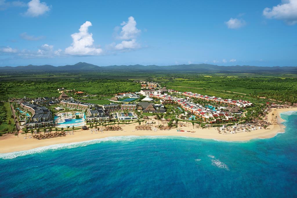 Now Onyx Resort
