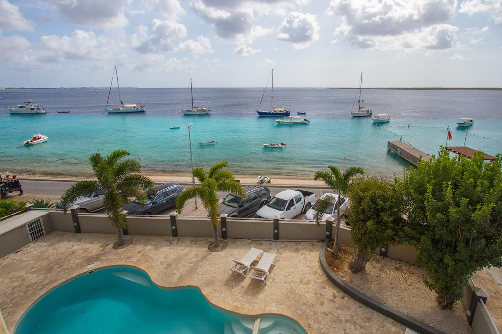 Bonaire Seaside