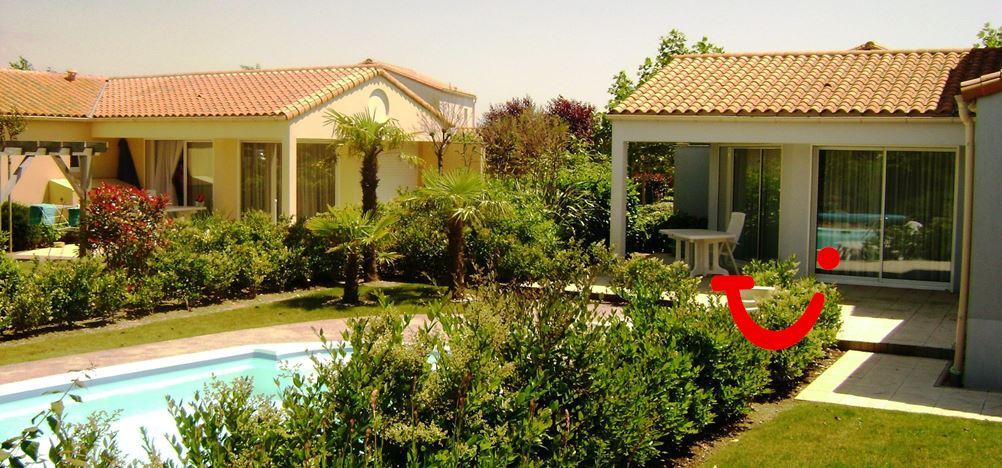 Les jardins du ch teau d 39 olonne vakantiepark chateau d - Villas les jardins du chateau d olonne ...