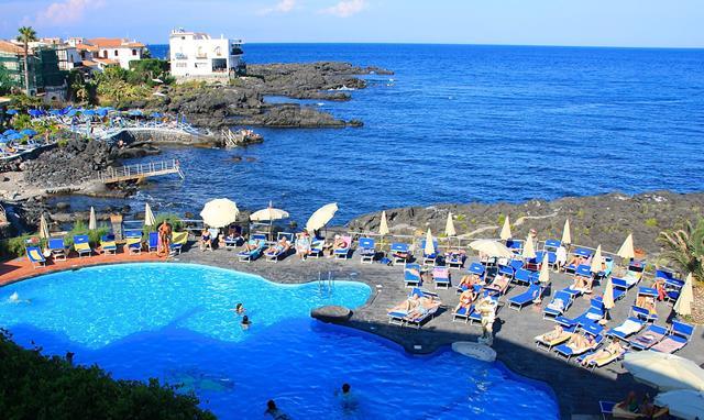 Grand hotel arathena rocks hotel giardini naxos - Hotel giardini naxos 3 stelle ...
