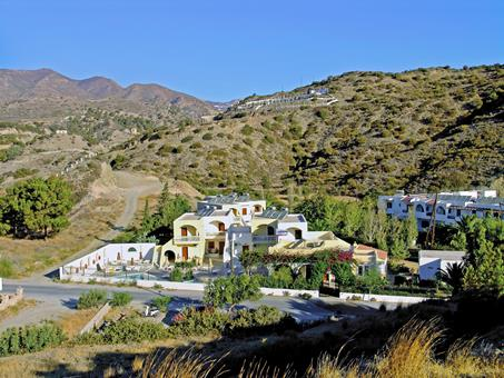 Journey's End Griekenland Karpathos Pigadia sfeerfoto 3
