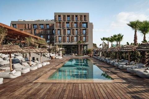 Oku Ibiza Spanje Balearen San Antonio  sfeerfoto groot