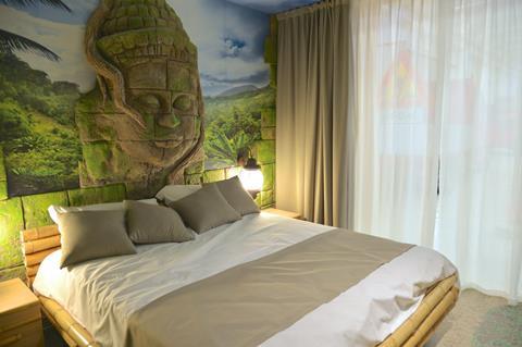 Gardaland Adventure Hotel Italië Gardameer Castelnuovo del Garda sfeerfoto 4
