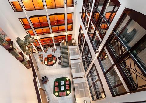 Meer info over Derag Livinghotel Grosser Kurfürst  bij Tui