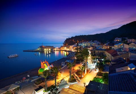 Zonvakantie|Autovakantie|Vakantie Riva naar Montenegro