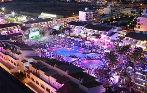 Bekijk informatie over Ushuaia Ibiza Beach & Tower - hotel in Ibiza