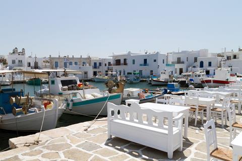 TUI Reizen: 15-daagse combinatiereis Paros - Naxos - Santorini