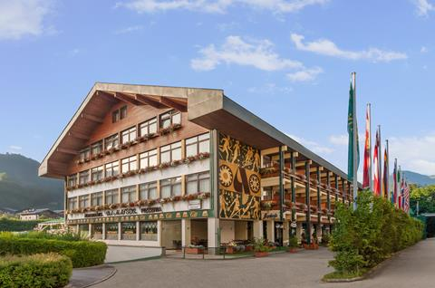 Alpenland Sporthotel St Johann