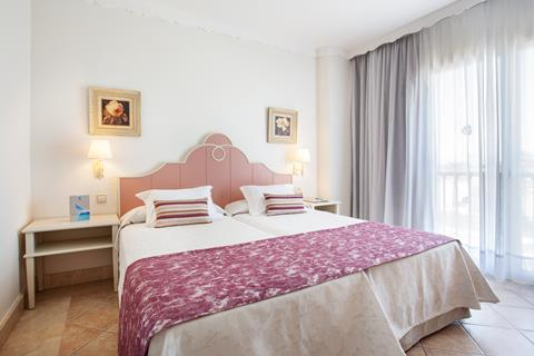 Grupotel Macarella Suites & Spa Menorca Cala 'n Bosch