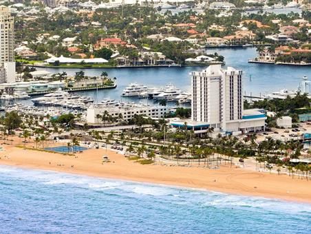 Bahia Mar a DoubleTree by Hilton