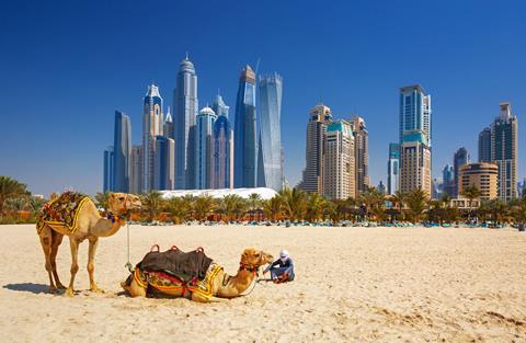 8 daagse fly drive Dubai en Abu Dhabi