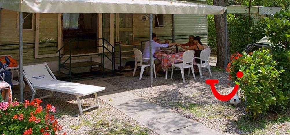 Parco delle piscine camping sarteano itali tui for Camping parco delle piscine toscane
