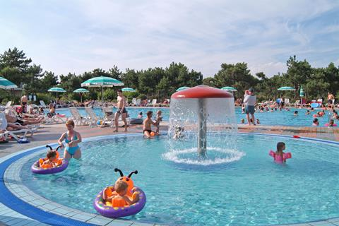 Summertime Family Resort