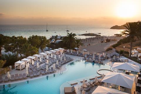 TUI SENSATORI Resort Ibiza Spanje Balearen Cala Tarida sfeerfoto 3