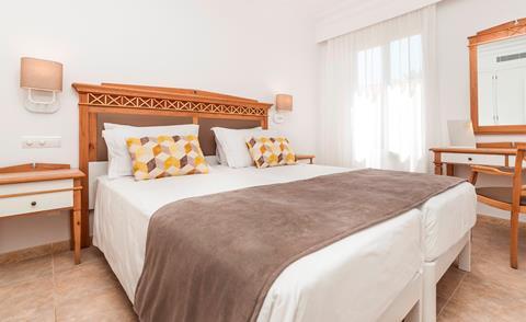 Insotel Punta Prima Resort & Spa Menorca true