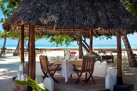 Diamonds Mapenzi Beach Tanzania Zanzibar Kiwengwa sfeerfoto 3