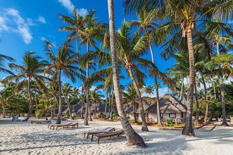 Diamonds Mapenzi Beach Tanzania Zanzibar Kiwengwa sfeerfoto 1