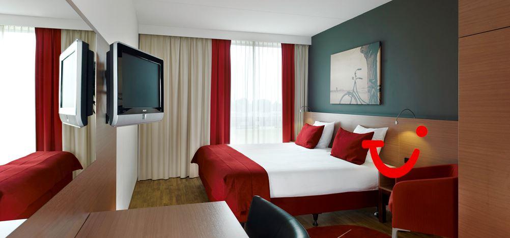 Amsterdam Hotel Gunstig  Personen