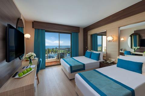 TUI BLUE Side Family Resort Turkije Turkse Rivièra Side sfeerfoto 1