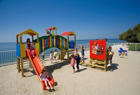 Korting vakantie Istrië 🚗️Lanterna Premium Camping Resort - Happy Camp