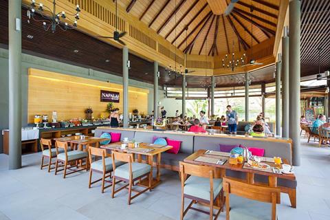 Apsara Beachfront Resort & Villa Thailand Khao Lak Khao Lak sfeerfoto 4