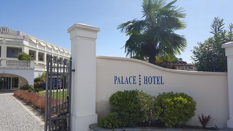 Palace Hotel Italië Gardameer Desenzano del Garda sfeerfoto 1
