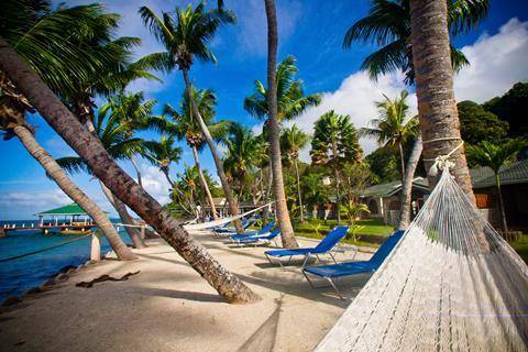 Coco de Mer & Black Parrot Suites Seychellen Praslin Anse Bois de Rose sfeerfoto 2