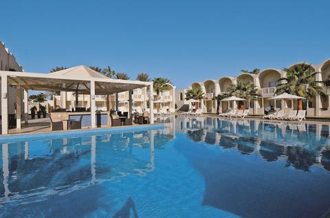 Meer info over Reef Oasis Beach Resort  bij Tui
