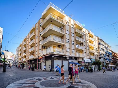 Avenida Apartamentos Spanje Costa Blanca Benidorm  sfeerfoto groot