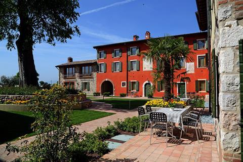 Meer info over Borgo Mondragon  bij Tui