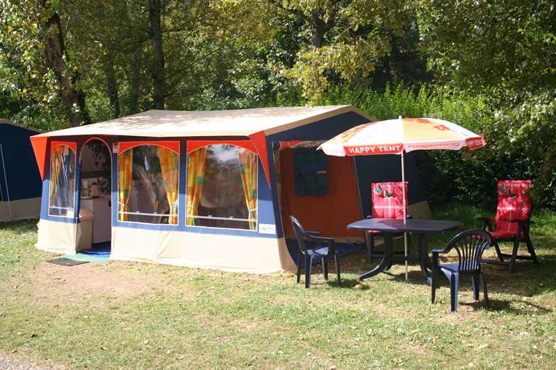 loopschoenen de goedkoopste zo goedkoop Domaine de Chaussy - Happy Tent (camping) - Lagorce ...