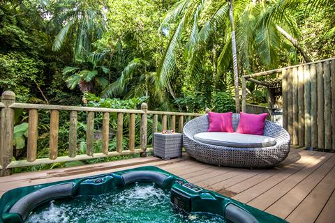 Valmer Resort Seychellen Mahé Baie Lazare sfeerfoto 4