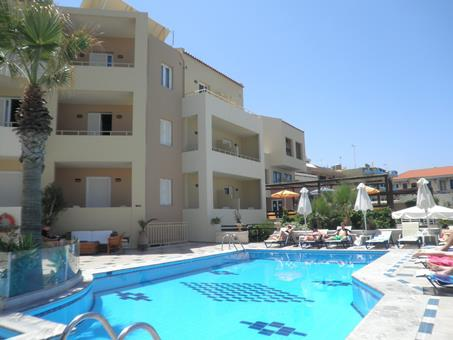 Petradi Beach Lounge Griekenland Kreta Rethymnon sfeerfoto 4