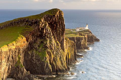 10-daagse busreis Eilandhoppen over de Hebrid