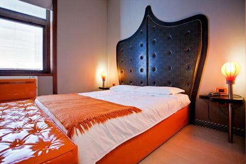 Meer info over Orange  bij Tui