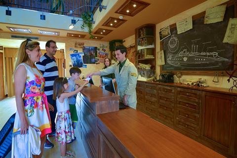 Gardaland Adventure Hotel Italië Gardameer Castelnuovo del Garda sfeerfoto 3