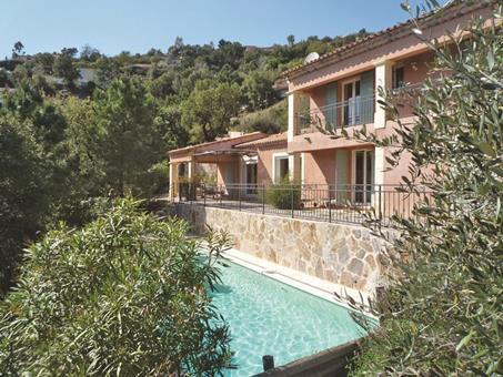 Villas Provencales