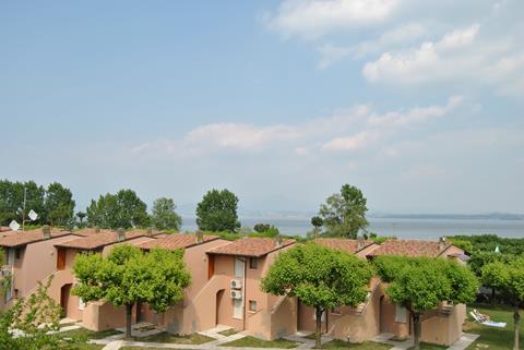 Tiglio Italië Gardameer Colombare di Sirmione sfeerfoto 3