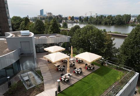 Goedkope autovakantie Hessen 🚗️Delta Frankfurt