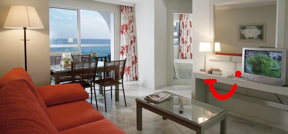 Aparthotel marinas de nerja costa del sol spanje tui - Kamer kinderstoel ...