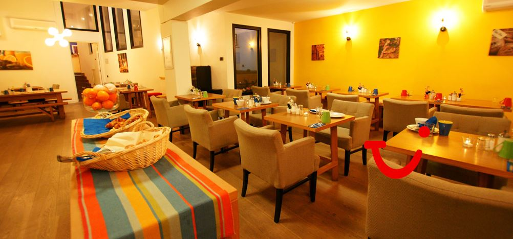 dating hotels antwerpen How to succeed on a ladyboy dating site  one of the better ladyboy friendly hotels in pattaya holiday inn offers luxury rooms and facilities at affordable rates.
