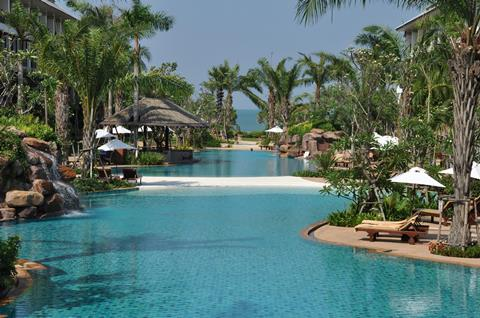 Ravindra Beach Resort Spa