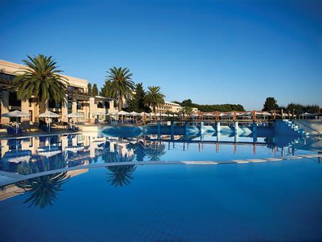 roda-beach-resort